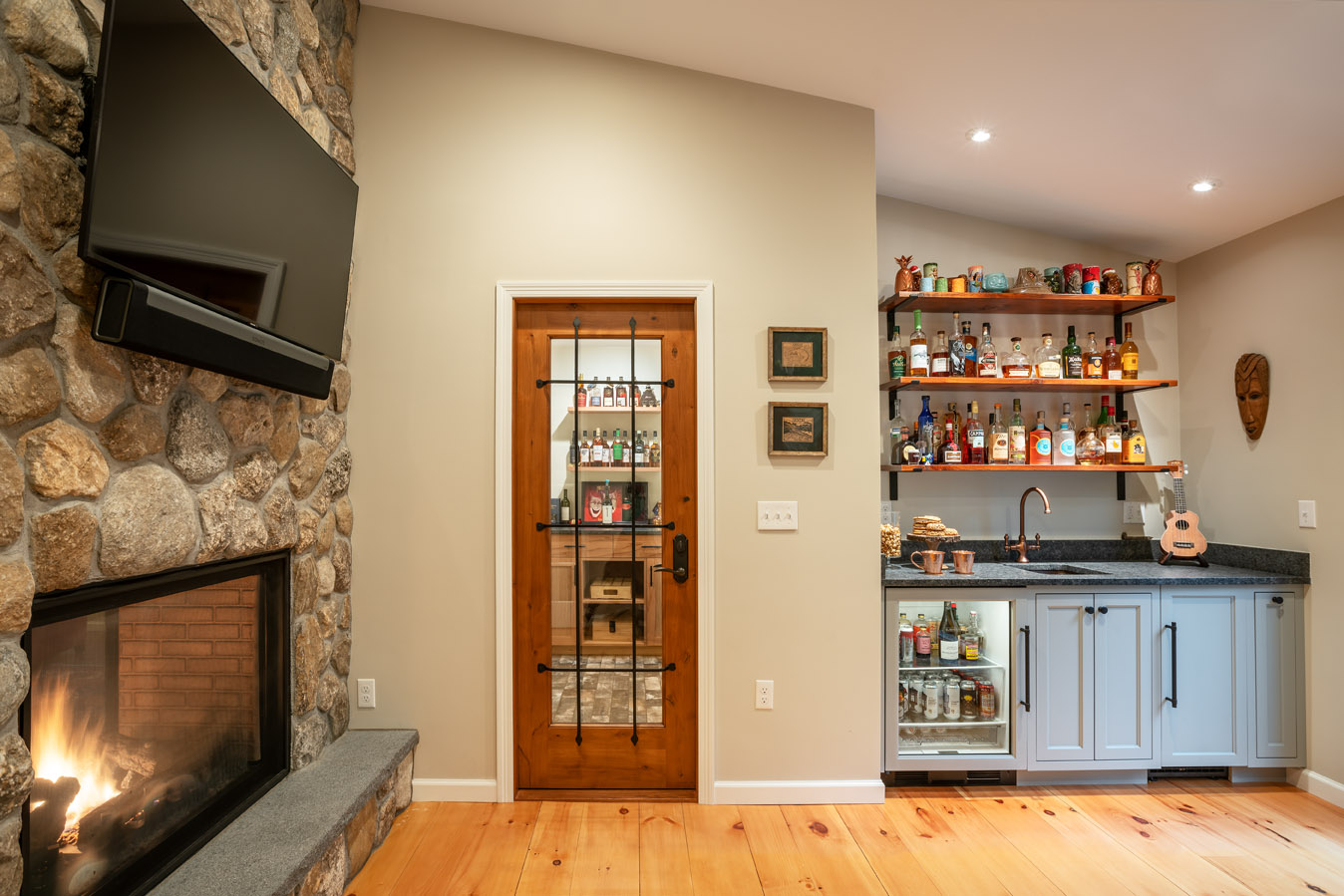 fireplace-wet-bar