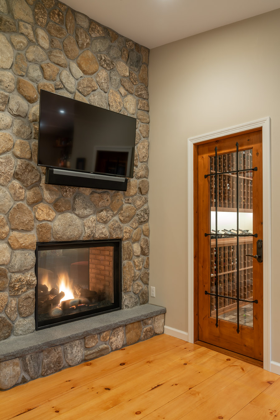fireplace-and-wine-room-2